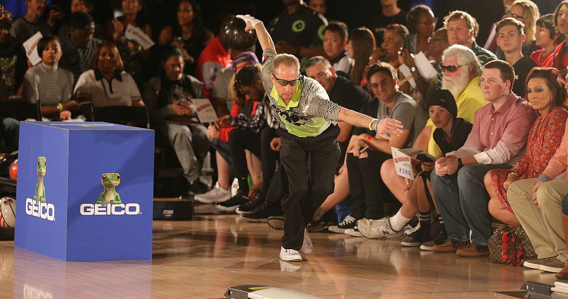 Pete Weber dominates qualifying in PBA50 Mooresville Ford Open