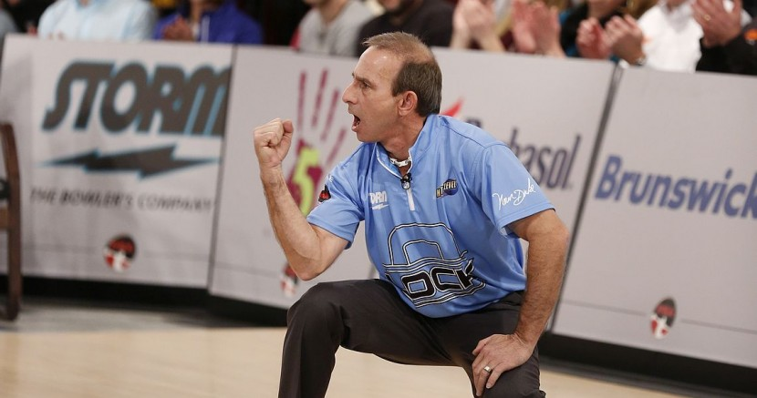 Norm Duke takes first round lead in PBA Senior U.S. Open