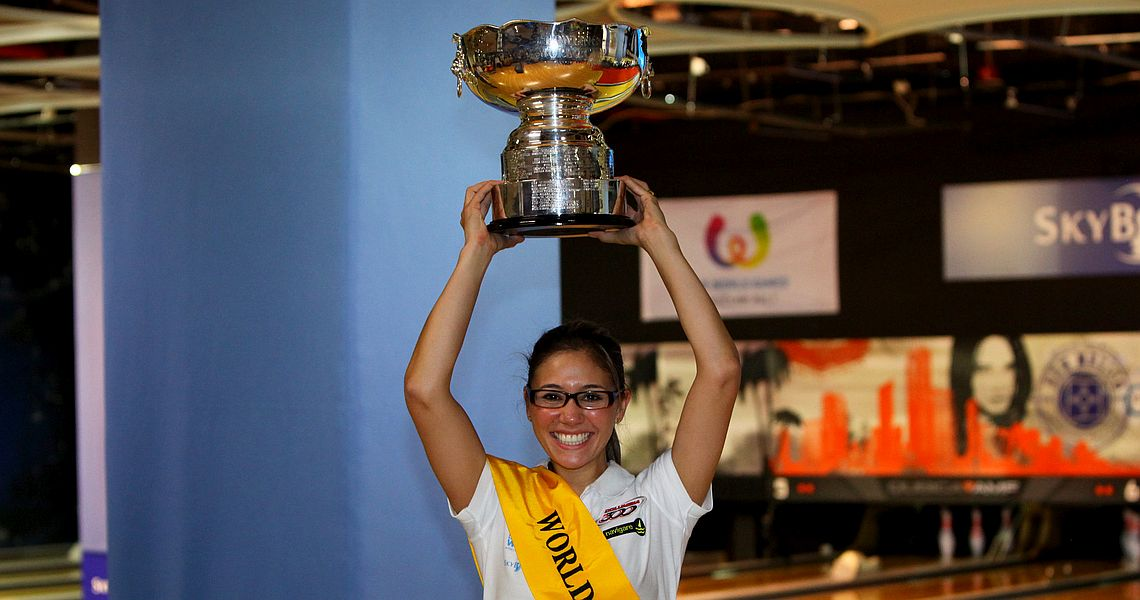 Clara Guerrero wins women's title at 50th QubicaAMF World Cup