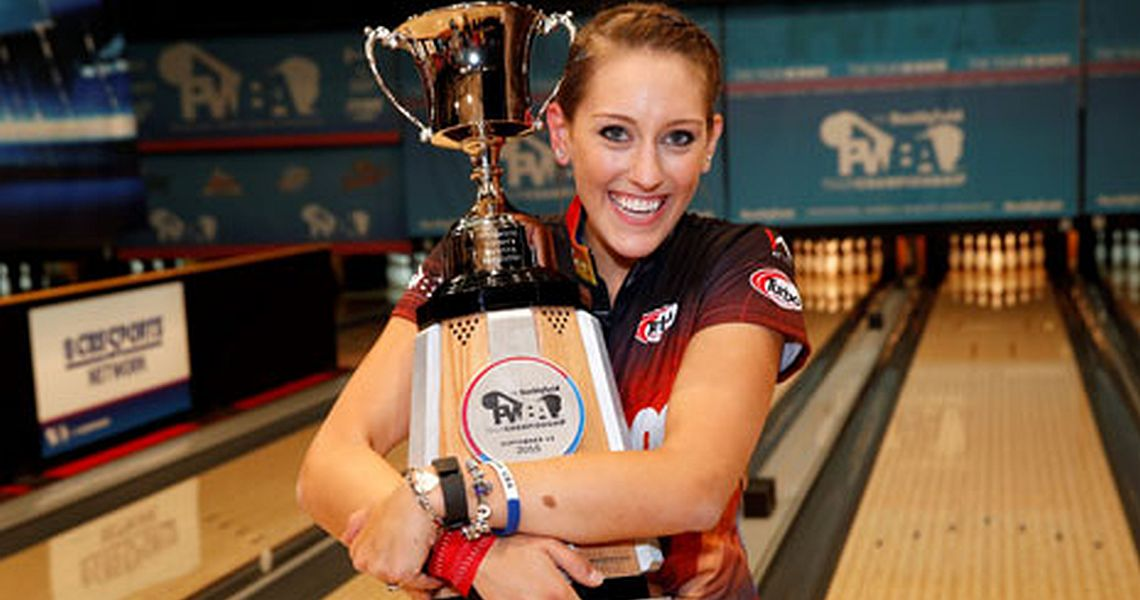 McEwan wins PWBA Tour Championship; Johnson is Player of the Year