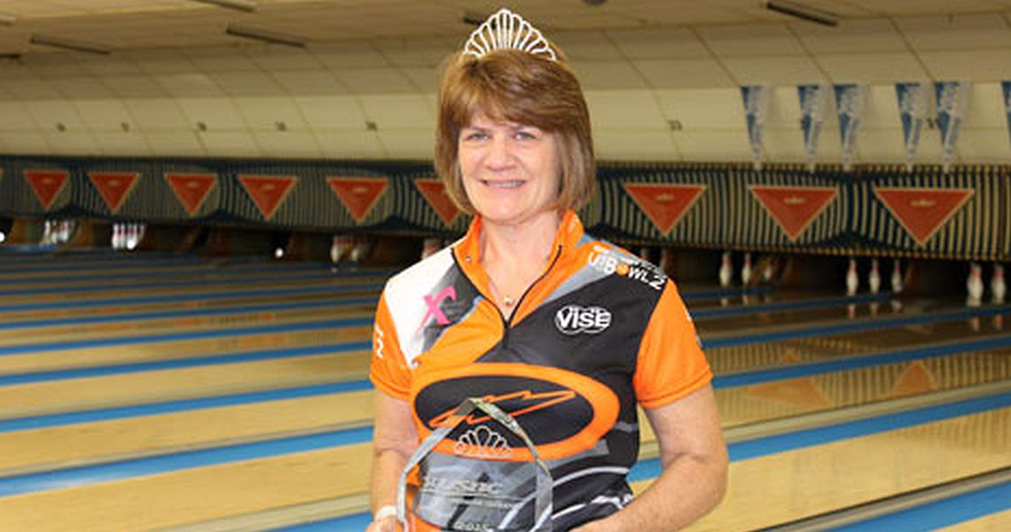 Robin Romeo makes history at 2015 USBC Senior Queens
