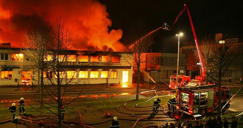 Dolfijn Bowling in Tilburg destroyed in fire