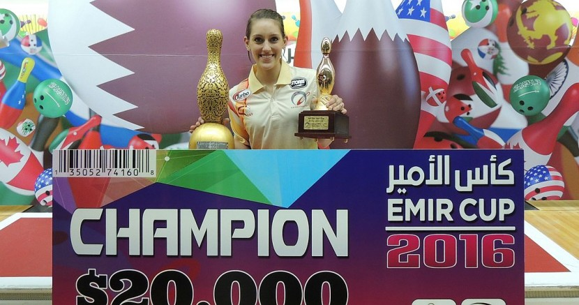 Danielle McEwan rolls on as March Bowler of the Month