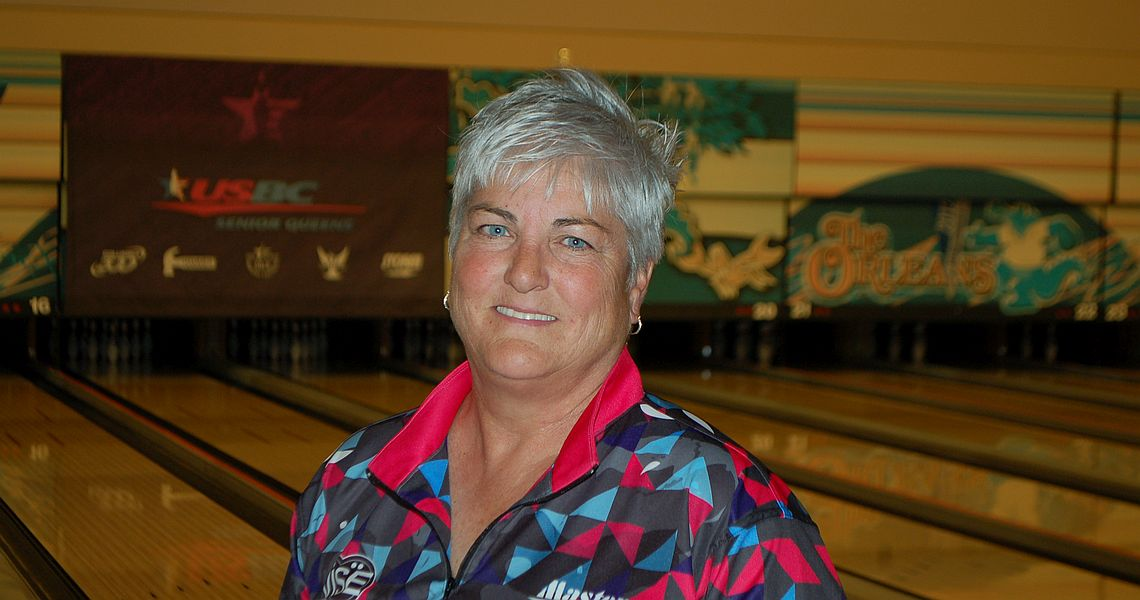Tish Johnson leads after two rounds at 2016 USBC Senior Queens