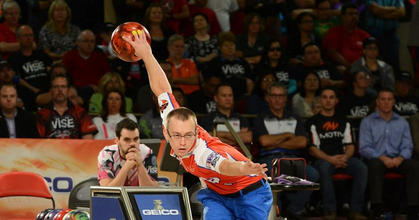 EJ Tackett takes lead in Xtra Frame PBA Tour points race