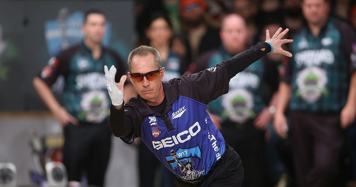 Pete Weber rolls on as May Bowler of the Month