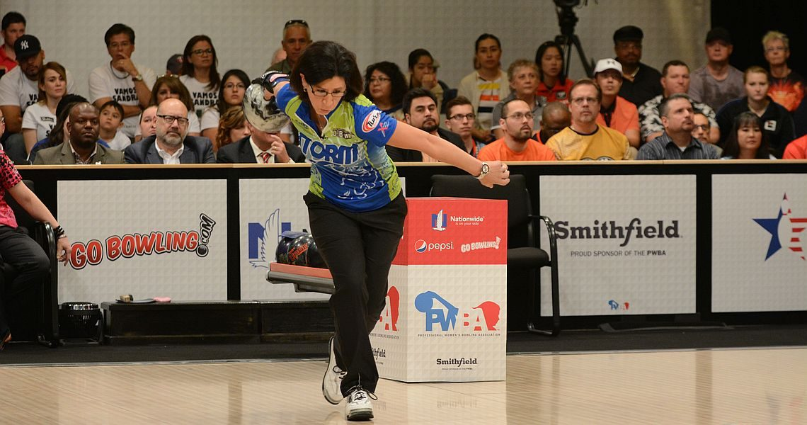 Liz Johnson poised to repeat as PWBA Player of the Year