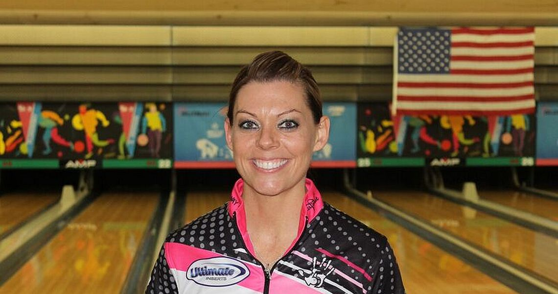 Shannon O'Keefe leads qualifying at 2016 PWBA Rochester Open