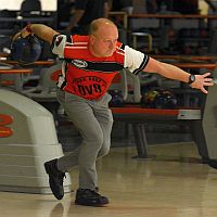 Bob Learn Jr. takes early lead in PBA50 DeHayes Championship