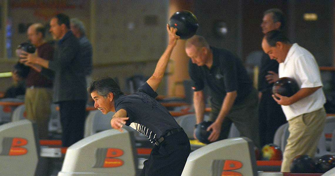 Chris Warren closes in on Pete Weber's PBA Regional record