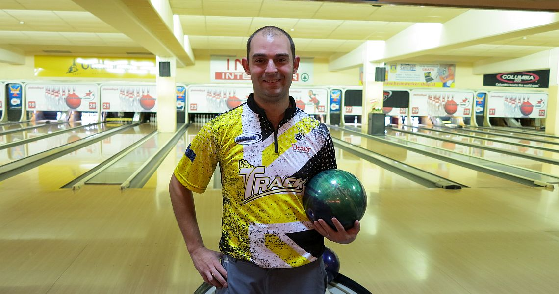 Dom Barrett, Chris Sloan surge to the top in C300 Vienna Open