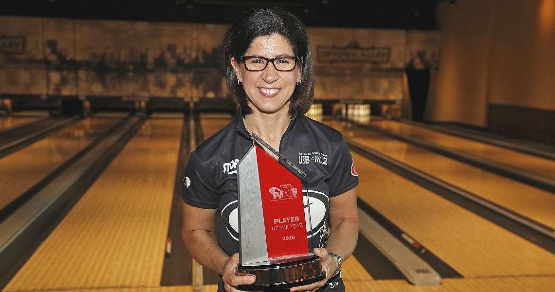 Johnson, New earn 2016 PWBA Player, Rookie of the Year awards