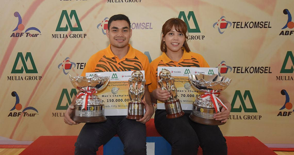 Malaysia's Muaz, Siti Safiyah sweep the Masters titles in Indonesia Open