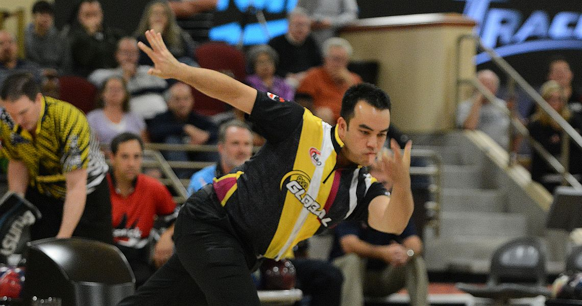 Andrew Cain passes Pete Weber for PBA Shark Championship qualifying lead