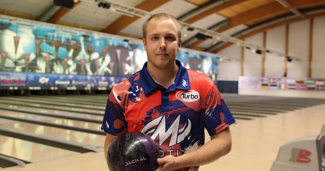Sweden's Markus Jansson takes over lead in Brunswick Ballmaster Open