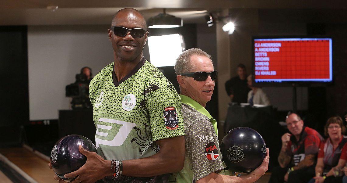 Stilettos On The Street: Terrell Owens Celebrity Bowling ...