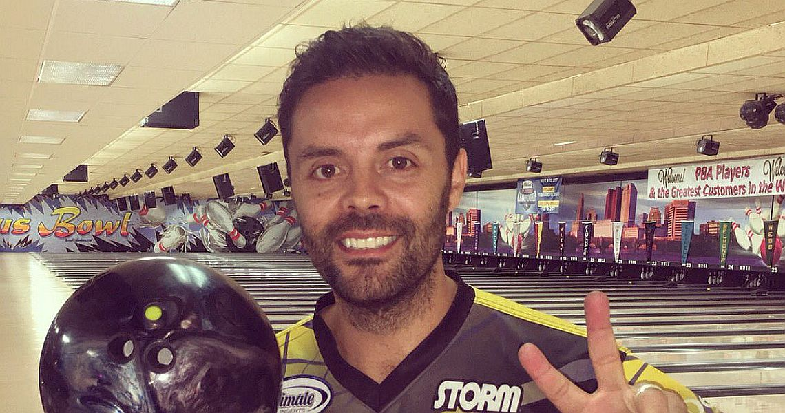 Jason Belmonte retains lead as field is cut to top 24