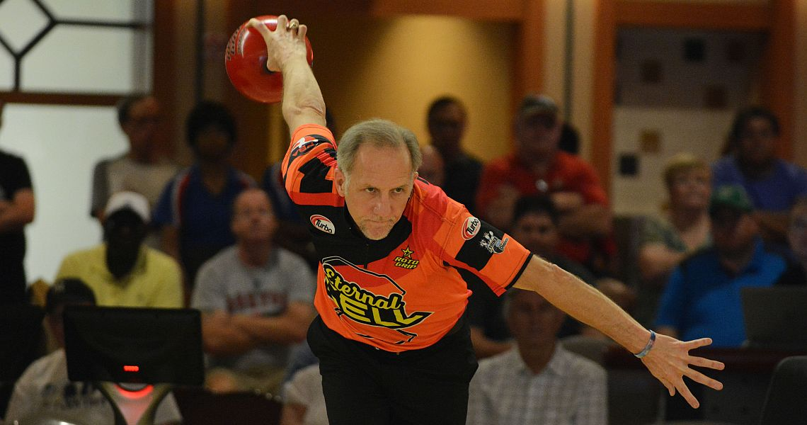 Ron Mohr takes first round lead in PBA50 Pasco County Florida Open