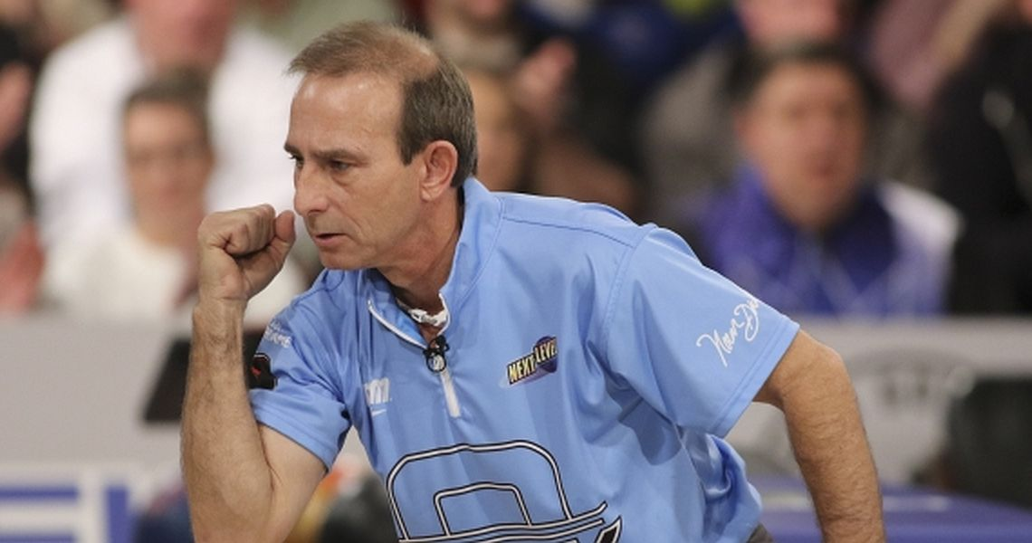 Norm Duke moves to the top at PBA Senior U.S. Open