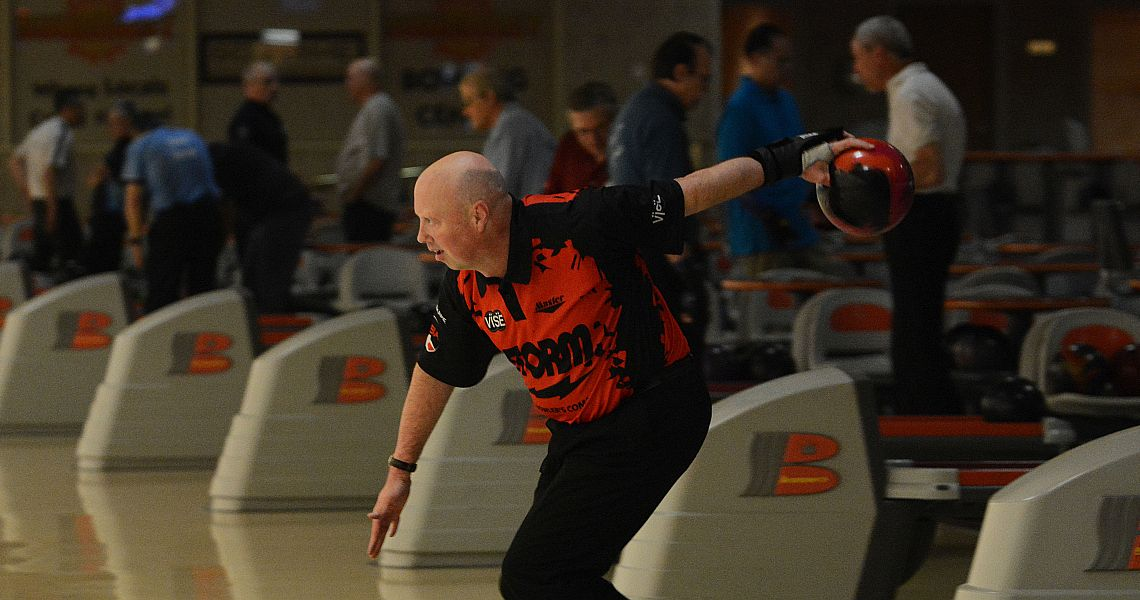 Mike Scroggins takes PBA Senior U.S. Open first round lead