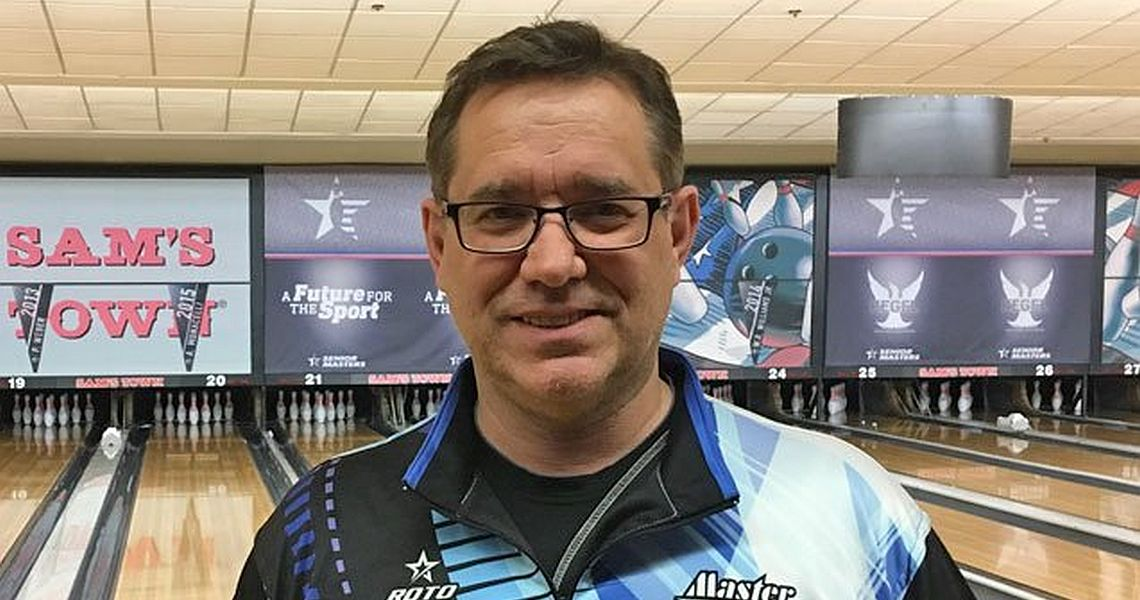 Brian LeClair moves into lead at 2017 USBC Senior Masters