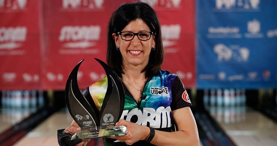 Liz Johnson wins her 17th PWBA title in Storm Sacramento Open