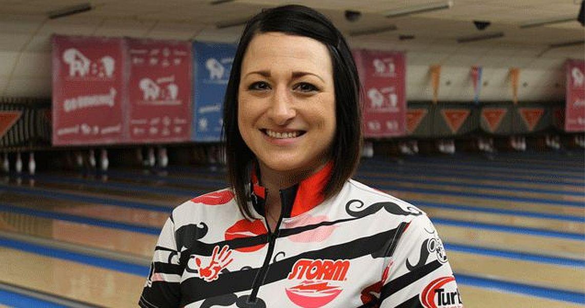 Lindsay Boomershine maintains lead at PWBA Players Championship