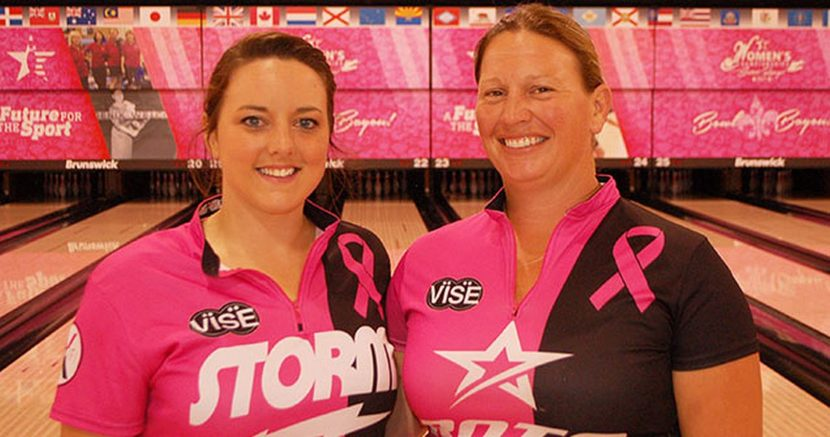 Wisconsin duo rolls to Diamond Doubles lead at 2017 USBC Women's Championships