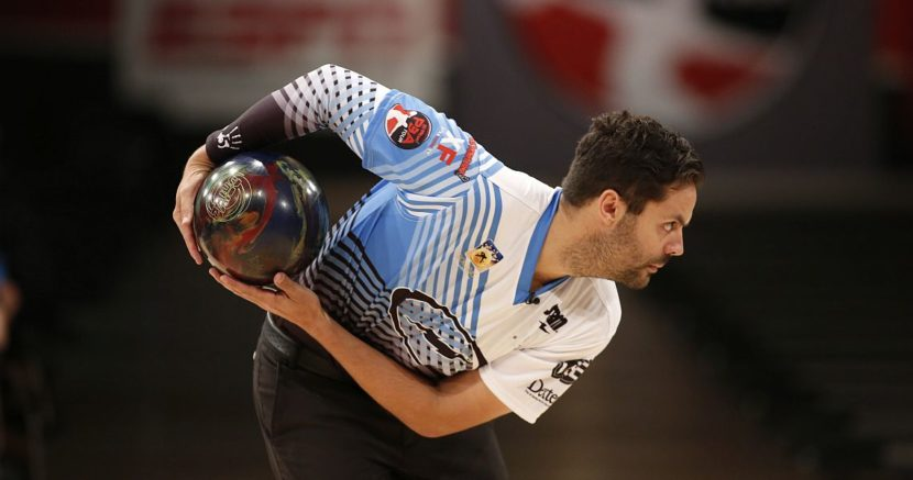 Jason Belmonte averages 249 to take PBA Players Championship lead