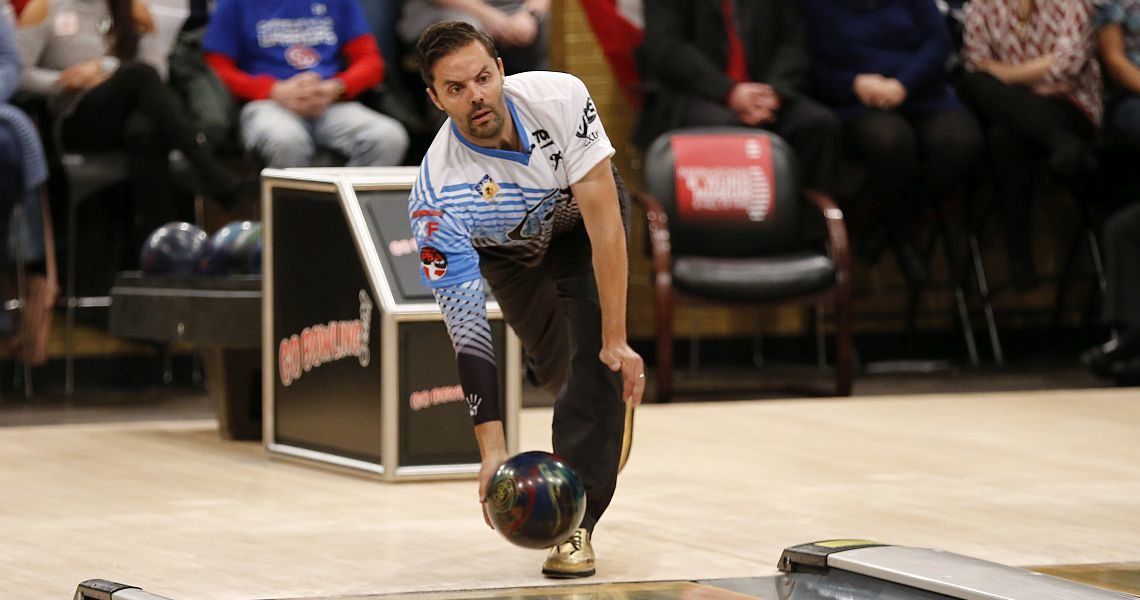 Australia's Jason Belmonte retains lead in PBA Players Championship