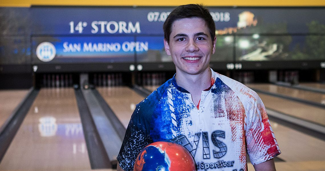 Valentin Saulnier averages over 260 to shoot into lead in San Marino