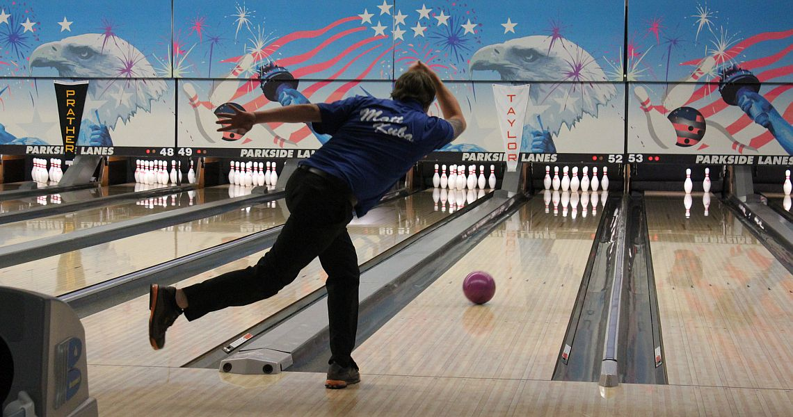Newcomer Matt Kuba takes PBA XF Parkside Lanes Open lead