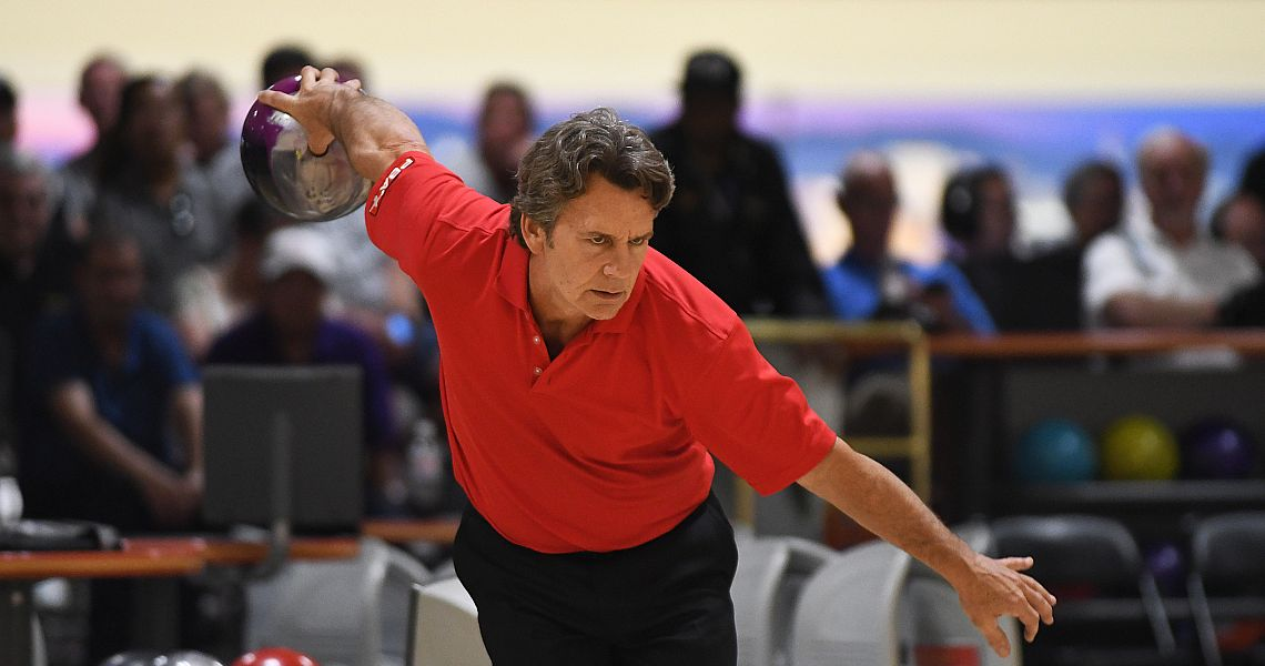 Brian Voss surges into the lead at PBA60 Dick Weber Championship