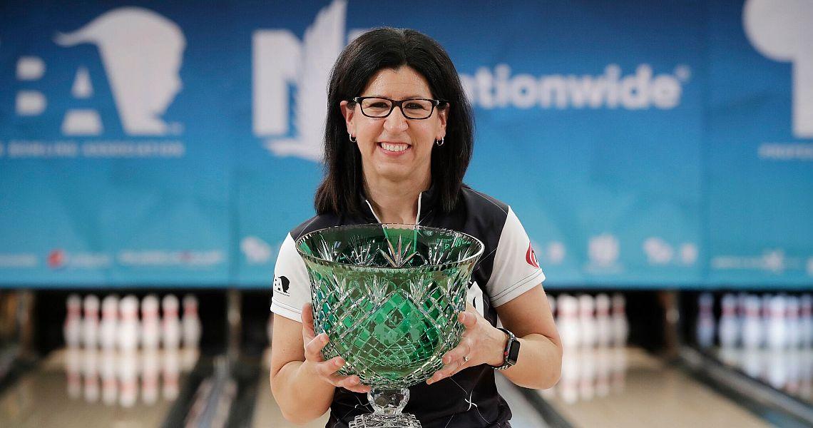 Liz Johnson strikes again at Nationwide PWBA Columbus Open