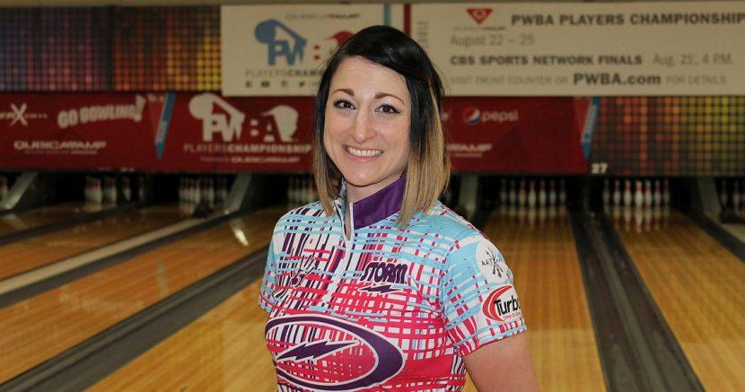 Lindsay Boomershine leads qualifying at 2018 PWBA Players Championship