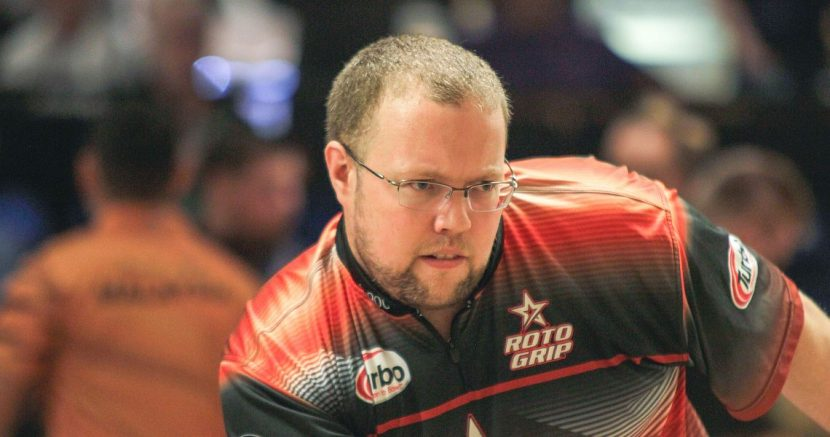 Stuart Williams averages 250 to lead Round 2 in Storm Lucky Larsen Masters finals