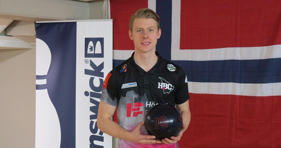 Iceland's Arnar Davíð Jónsson leads top 8 into final round in Oslo