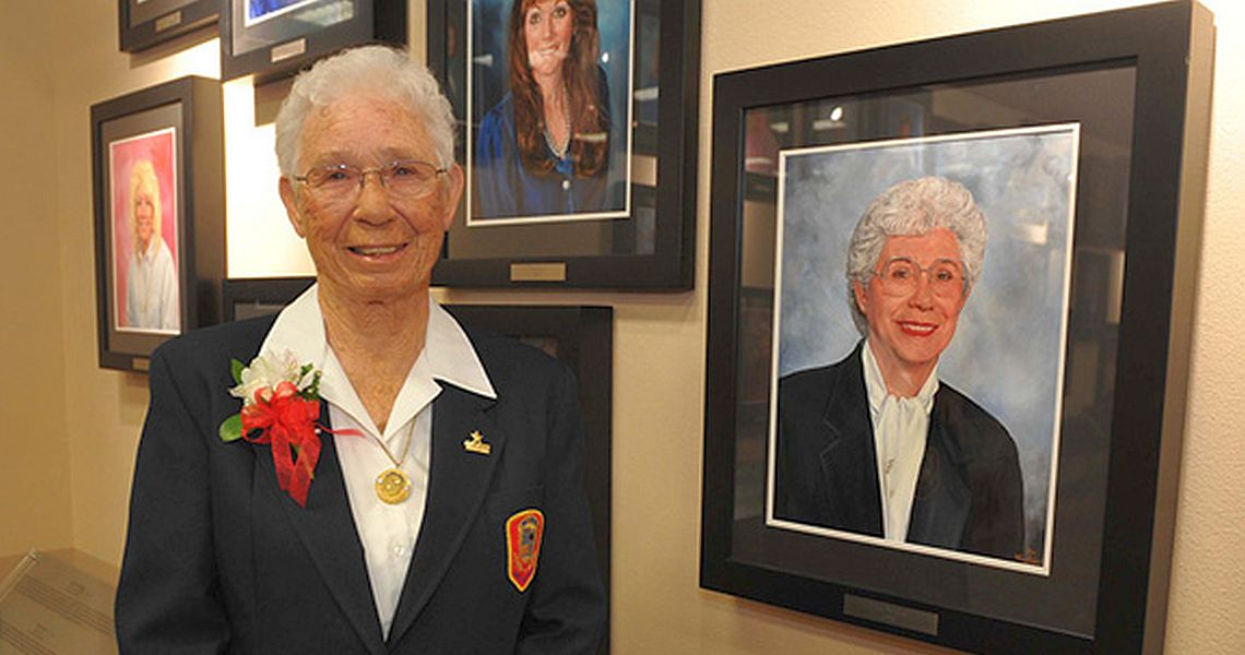 Flora Mitchell, USBC Hall of Fame member, dies at age 89